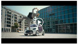 film-commercial-daimler-change-auto-action
