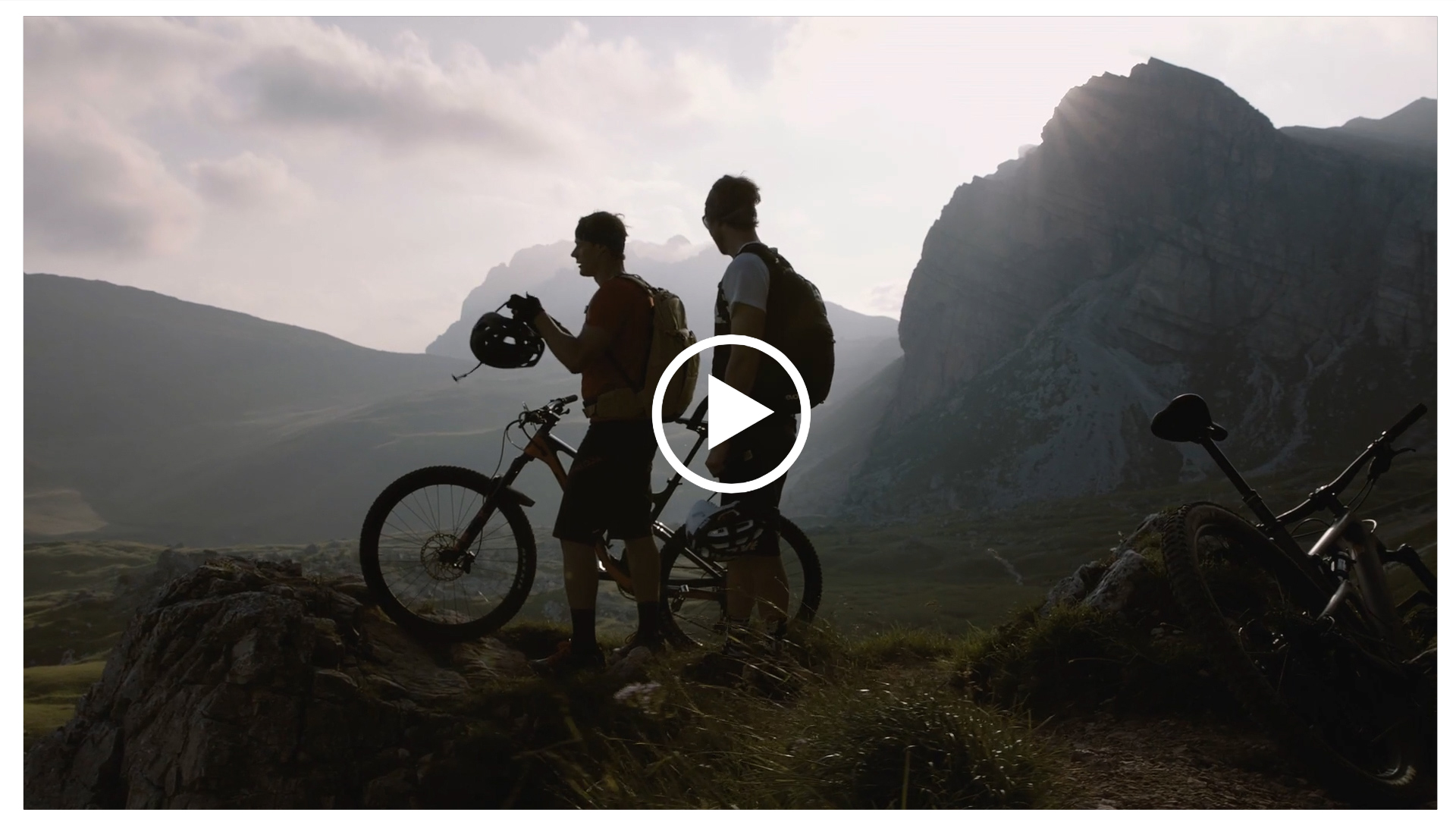 reel-cycling-dop-mario-entero